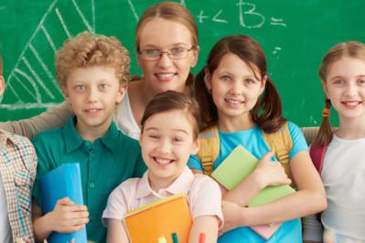 Prezenty dla nauczycieli - skromnie czy z przepychem?