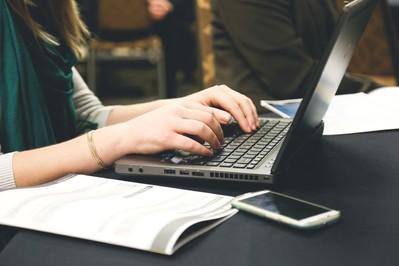 Cyberprzemoc - agresja w sieci