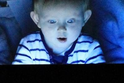 """Cyberzaburzenia u dzieci , czyli """"Każdy gra mamo!"""""""