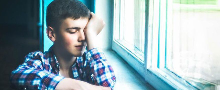 Smutny koniec roku szkolnego: chłopiec z Aspergerem celowo wykluczony ze szkolnego apelu